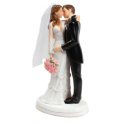 Culpitt - Wedding cake topper couple kissing