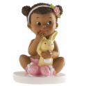 Figurine bébé assis avec lapin, 1 pièce
