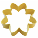 Daisy yellow cookie cutter, 9 cm