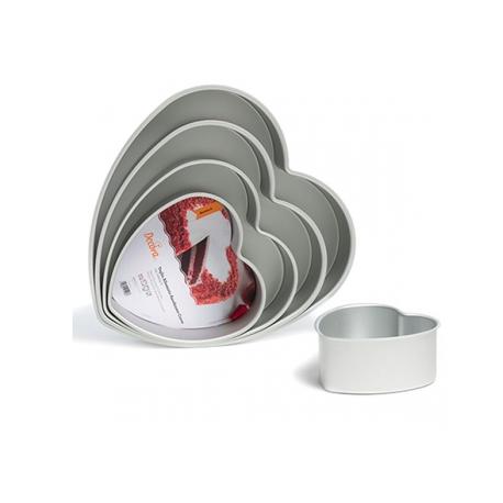 Heart Cake Pan, aluminium, 15 x 7.5 cm