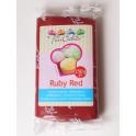 FunCakes Fondant red ruby, 250 g