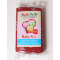 Funcakes pâte à sucre rouge rubis, 250 g